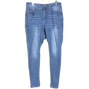 Fashion nova plus size skinny jeans